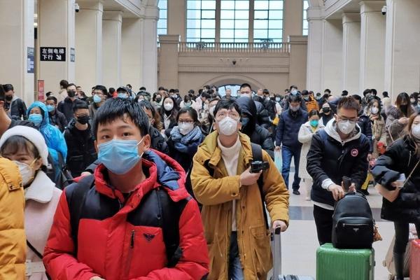 Các biện pháp phòng virus corona sau khi rời sân bay