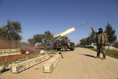 Thổ Nhĩ Kỳ bắn phá Syria trả đũa vụ tấn công đẫm máu