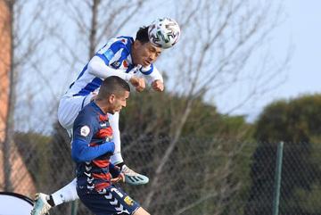 Văn Hậu đá chính 90 phút giúp Heerenveen thắng trận