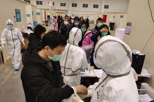 Thân nhân người bệnh ở Vũ Hán lên mạng cầu xin giúp đỡ