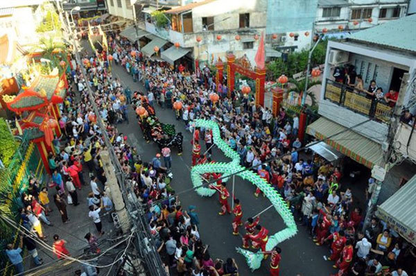 Lantern Festival in Cho Lon listed as national intangible cultural heritage