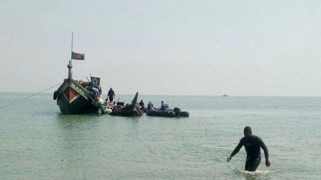 At least 14 dead as Rohingya boat sinks in Bangladesh