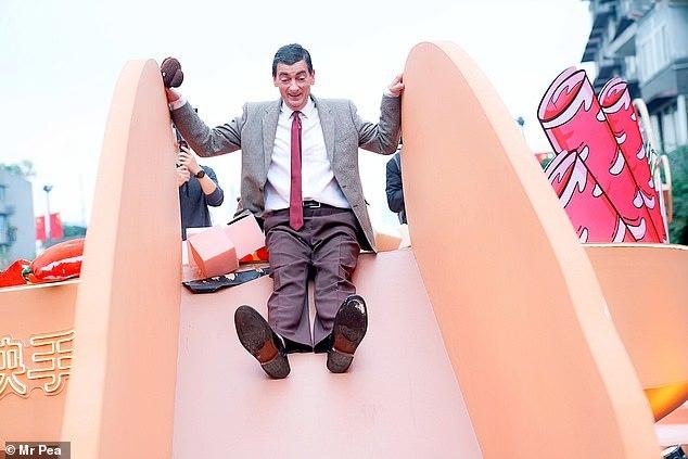 'Bản sao Mr Bean' cương quyết ở lại tâm dịch Vũ Hán