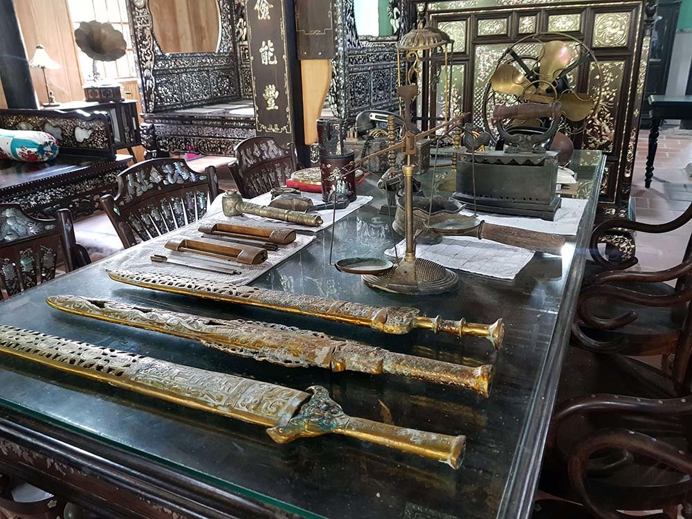 Chiêm ngưỡng căn nhà có hơn 100 'báu vật' độc nhất ở miền Tây