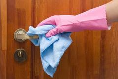 Vệ sinh nhà cửa đúng cách phòng ngừa dịch bệnh