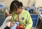 Chỉ kịp đặt vội tên, mẹ rơi nước mắt bế con sơ sinh đi chữa ung thư