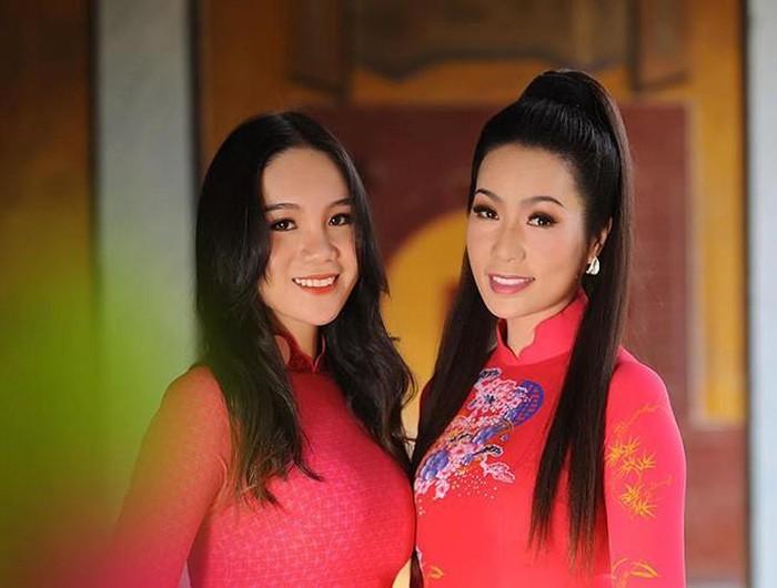 Những cô con gái tài giỏi, xinh như hoa hậu nhà sao Việt