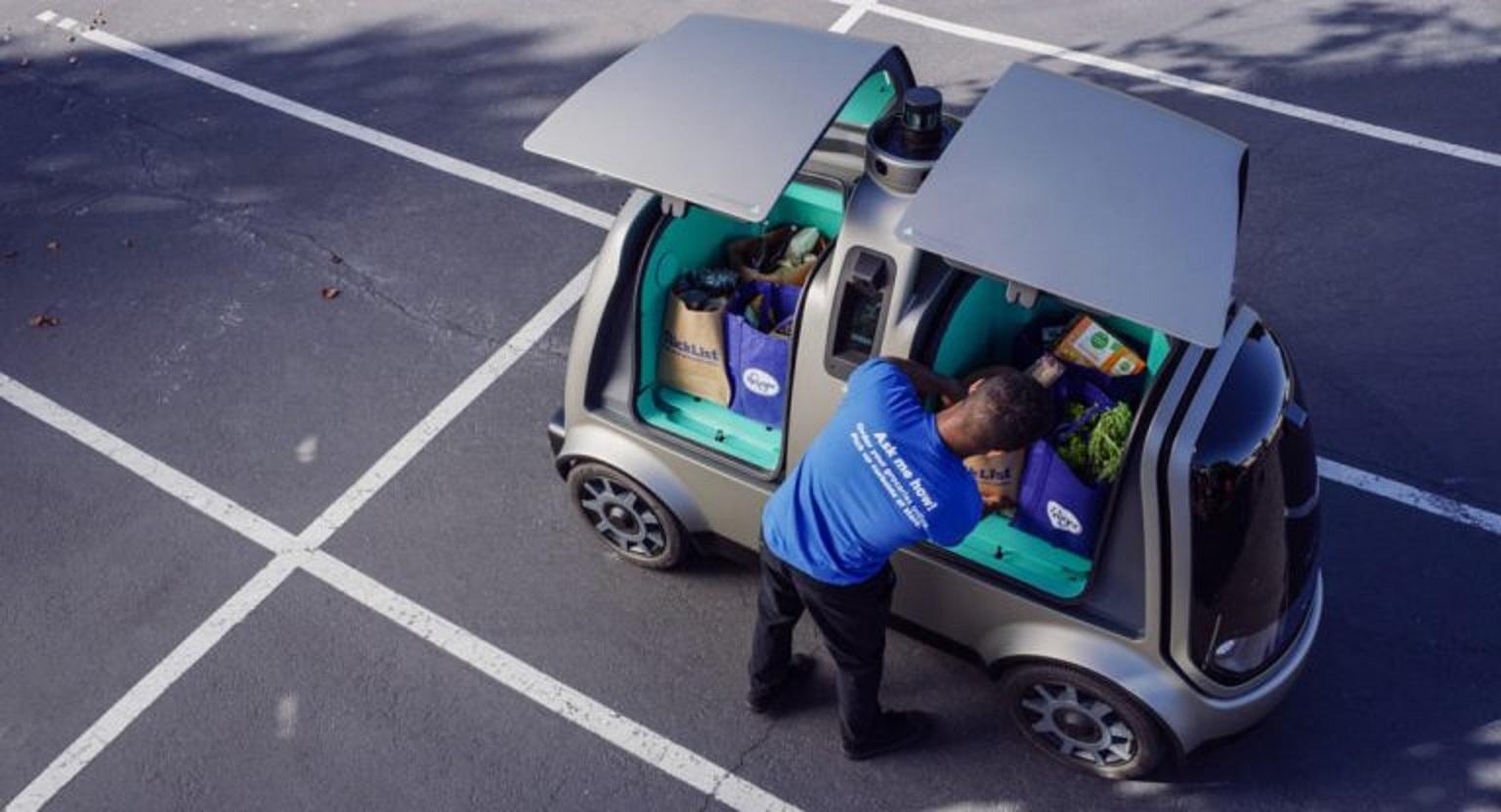 Chạy thử 5000 xe giao hàng không người lái trên đường phố công cộng