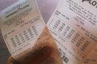 Tin lời nhà ngoại cảm, mua vé số trúng độc đắc hơn 20 tỷ