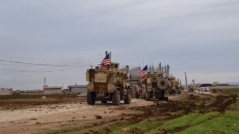 Video xe bọc thép của quân Mỹ bị dân Syria bắn xối xả