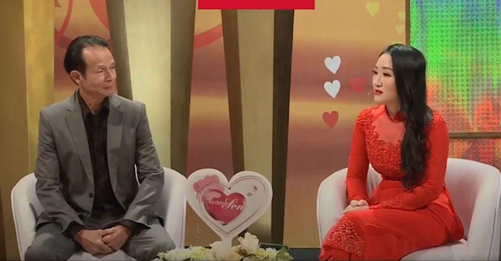 Mạnh dạn rủ đi khách sạn, Việt kiều U60 cưới được vợ xinh kém 25 tuổi