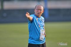 HLV Park Hang Seo nói sự thật về án phạt của AFC