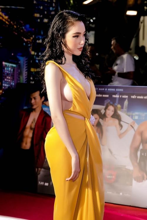 3 mỹ nhân vòng một đẹp tự nhiên ngưỡng mộ nhất showbiz Việt