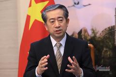 Đại sứ Trung Quốc kể chuyện khẩu trang và 'người đi ngược chiều' tâm dịch corona