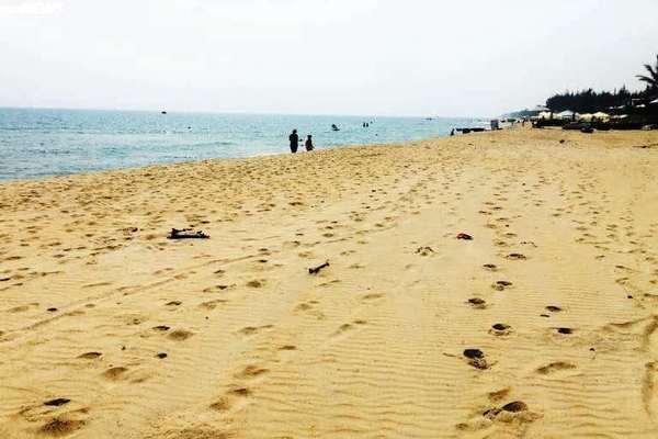 Nam du khách Canada chết đuối khi tắm biển Hội An