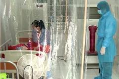 Bé gái 3 tháng tuổi nhiễm COVID-19 được chuyển lên BV Nhi TƯ
