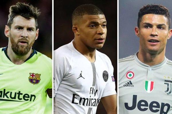 Liverpool ngáng đường MU, Mbappe vượt Ronaldo