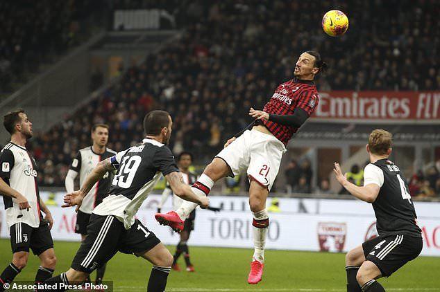Ronaldo ghi bàn phút 90, Juventus thoát thua trên sân Milan