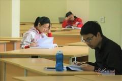 Sinh viên ĐH Ngoại thương ở Hà Nội không nghỉ, được học từ xa