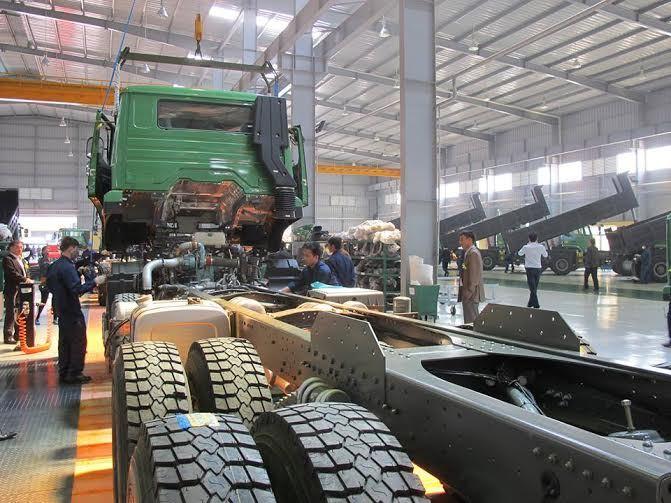 Bất ngờ cạn nguồn, nhiều nhà máy ô tô Việt lo phải ngừng sản xuất