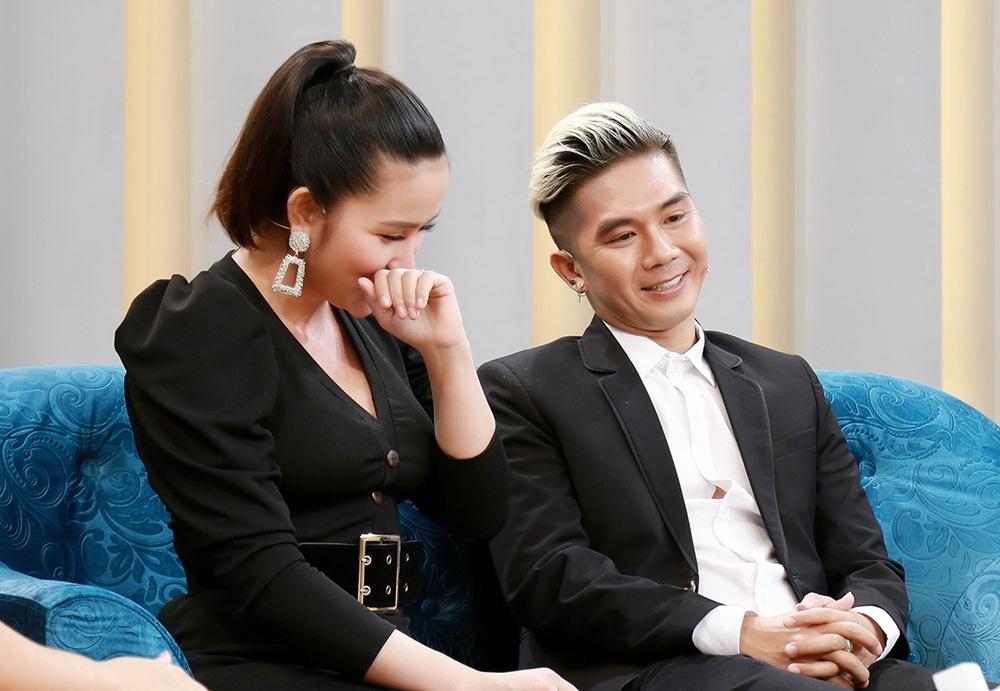 Vợ kém 8 tuổi hoang mang khi Khánh Đơn nuôi bố vợ cũ