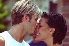Vợ chồng David Beckham và dàn sao đăng ảnh tình cảm ngày Valentine