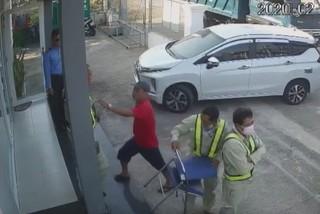 Cán bộ Chi cục Đường bộ bị đánh tại trạm thu phí BOT Ninh Xuân