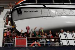 Ông Trump cảm ơn Campuchia cho du thuyền cập cảng
