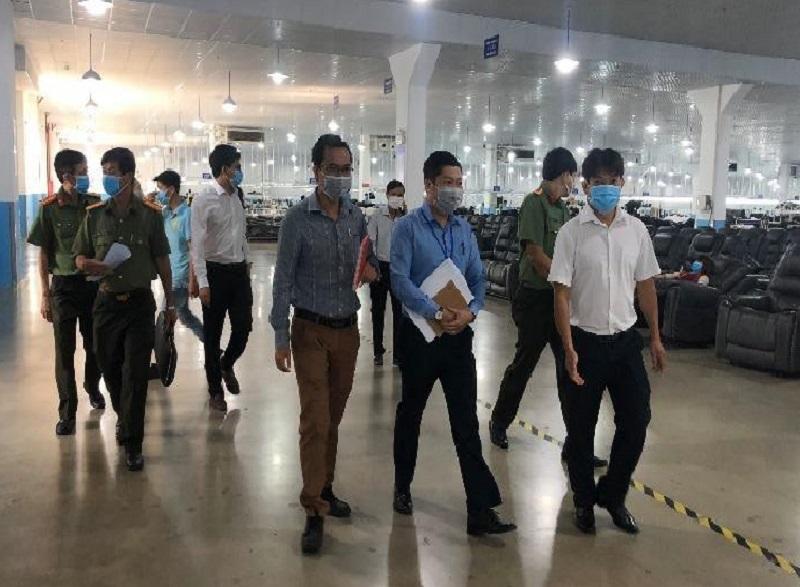 Bình Dương xác minh 7 người trở về từ Trung Quốc không khai báo