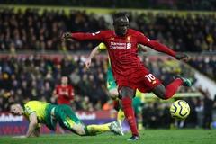 Hạ Norwich, Liverpool chạm một tay vào chức vô địch