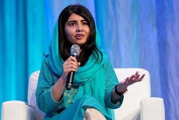 Cô gái từng bị bắn vào đầu là người trẻ nhất đoạt giải Nobel Hòa bình