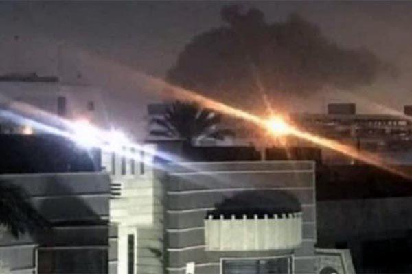 Iraq,căn cứ quân sự Mỹ,đại sứ quán Mỹ,mưa tên lửa