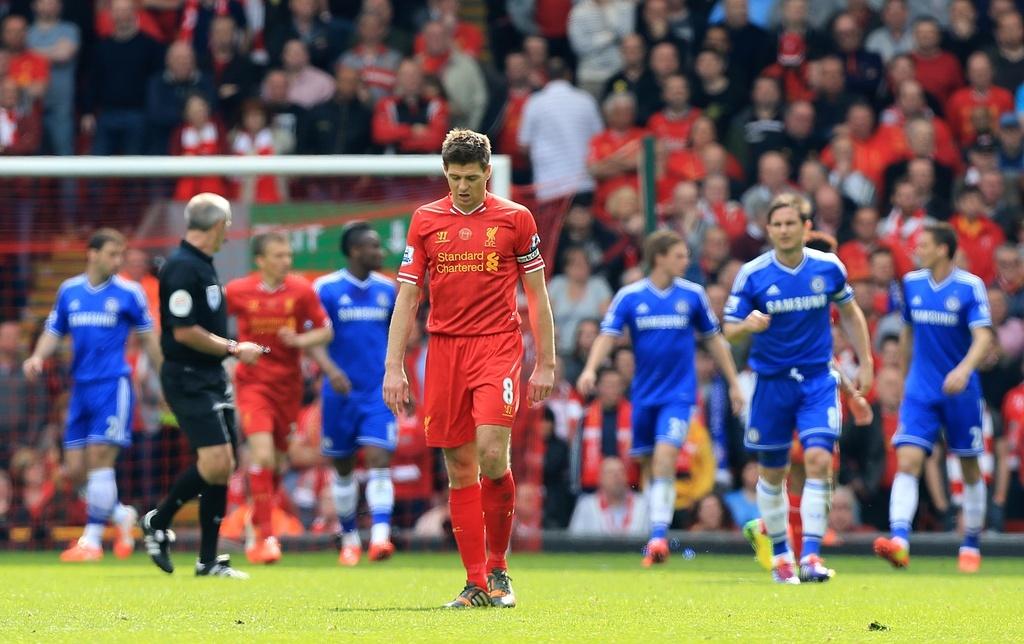 Man City dễ bị tước danh hiệu Premier League, Liverpool ăn cú đúp