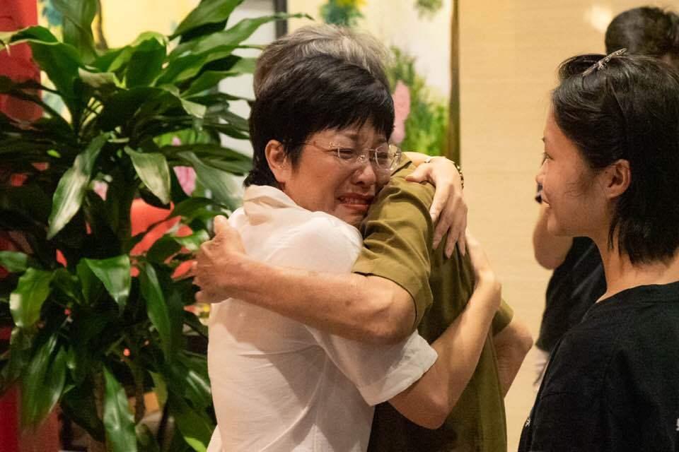 MC Thảo Vân tiết lộ món quà quý bố đẻ Công Lý tặng con trai