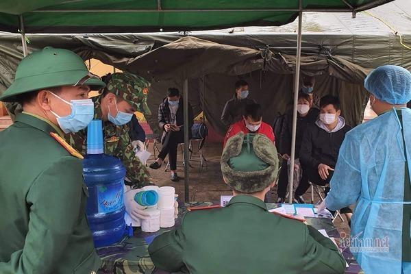 120 người đủ sức khỏe rời khu cách ly Lạng Sơn