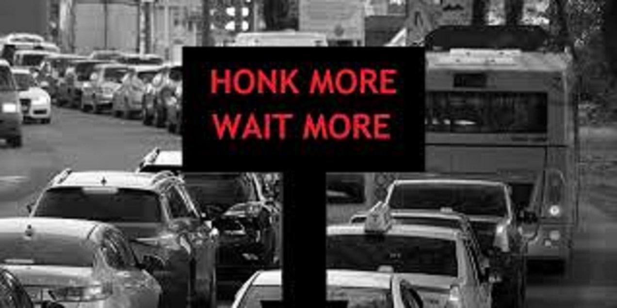 ẤN đỘ,Giao thông Ấn Độ,đèn giao thông,còi xe,vấn nạn còi xe