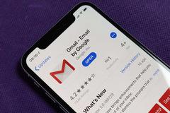 Cách đính kèm file từ ứng dụng Files vào Gmail
