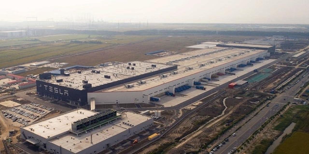 Công nghiệp ô tô Trung Quốc rơi vào khủng hoảng vì virus corona