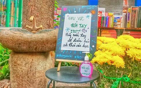 HCMC book street still open despite drop in customers due to coronavirus fear