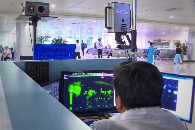 Vì sao giá vé máy bay giảm sàn, còn 1 triệu cho khứ hồi HN - TP.HCM?