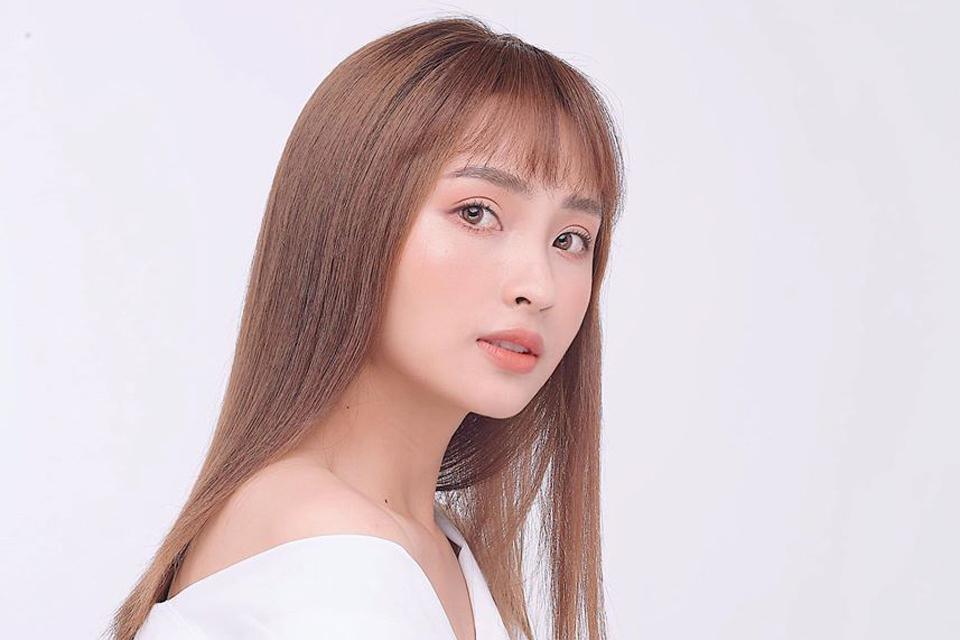 Vẻ gợi cảm của MC Huyền Trang Mù Tạt nổi tiếng VTV