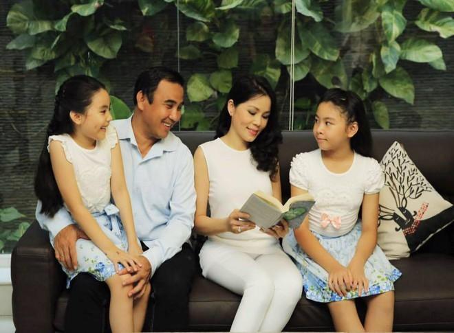 Con gái 14 tuổi cao 1m70 xinh như hoa hậu của MC Quyền Linh