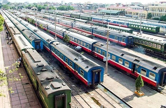 Chuyển khỏi Bộ GTVT, đường sắt có thể phải dừng chạy tàu