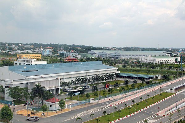 Covid-19 takes toll on small, large firms