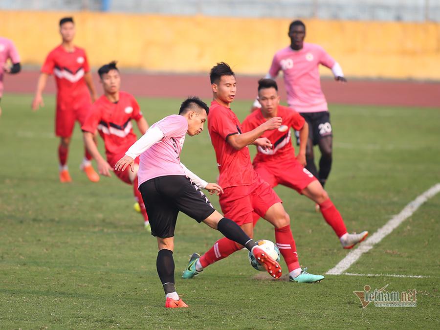 Quang Hải vắng mặt, Hà Nội và Viettel bất phân thắng bại