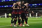 Mourinho bất lực, Tottenham phơi áo trước RB Leipzig