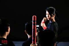 Hoa hậu H'Hen Niê phải nhập viện kiểm tra khớp