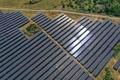 Vietnam encourages private investment in energy: Politburo