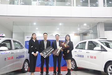 Hyundai Lê Văn Lương liên tiếp bàn giao lô xe đầu năm