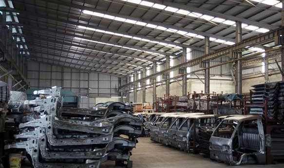 Đại gia ô tô Việt Nam phá sản, cuối đời bị siết nợ 1.500 tỷ đồng